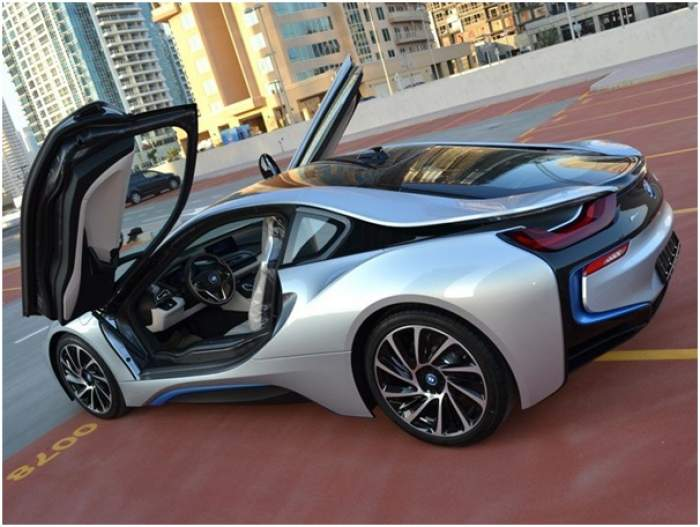 how to book luxury cars at cheap price in dubai ?