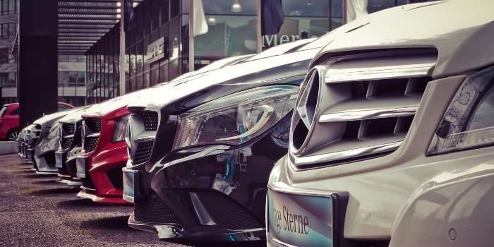 START A CAR RENTAL COMPANY IN THE UAE