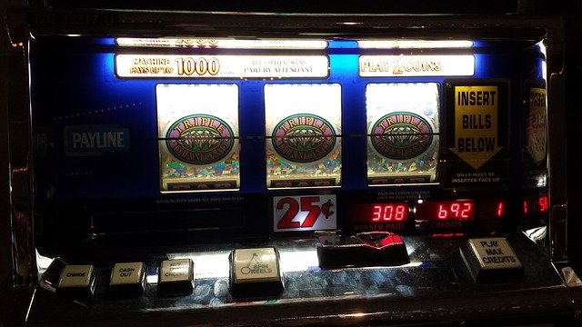 7 Frequently Asked Questions by Slots Players